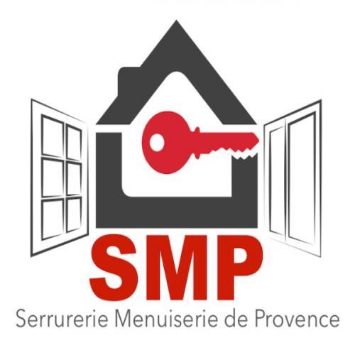 Installation d'un rideau occultant motorisé à Sausset les Pins par la Serrurerie Menuiserie de Provence